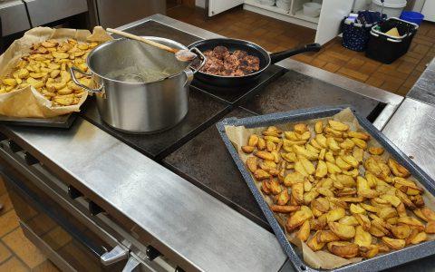 Cook&Pray (Kochen mit Jugendlichen)